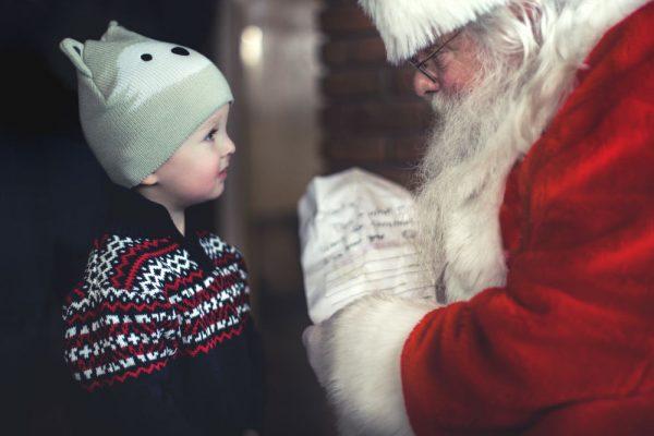 Kule onkler og tanter gir fond i julegave!