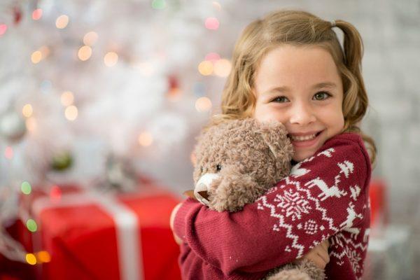 Kule foreldre gir fond i julegave til barna fremfor ting de ikke trenger!