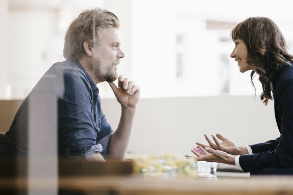 Vær skeptisk til de som kommer med fine ord og blank polerte presentasjoner