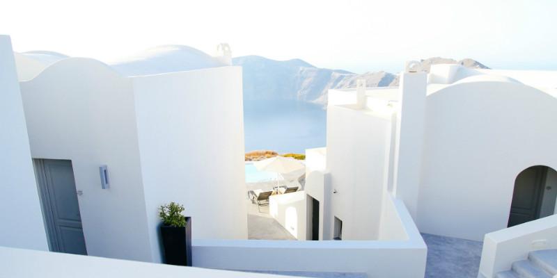 Kjell sparer til feriebolig i Hellas